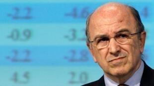 Le commissaire européen Joaquin Almunia a présenté à Bruxelles les chiffres prévisionnels de l'économie pour l'année 2009.