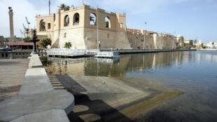 Vue du Musée national de Tripoli en Libye, en 2004.  © JOHN MACDOUGALL/AFP