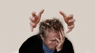On estime que la migraine touche 10 à 20% de la population adulte, avec une prépondérance féminine (trois femmes, pour un homme).