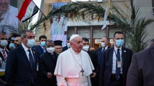 Irak: rencontre historique entre le pape François et le grand ayatollah Ali Sistani