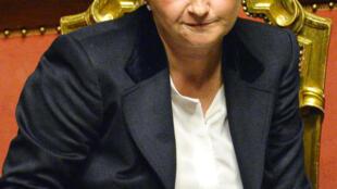 """Federica Guidi deixou o ministério do Desenvolvimento Econômico devido ao """"Petrolão à italiana""""."""