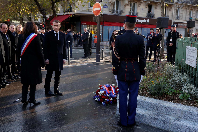 O Presidente francês, Emmanuel Macron, prestou homenagem às vítimas dos atentados de 13 de Novembro.
