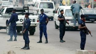 Askari polisi, waliotumwa katika mji wa Kinshasa.