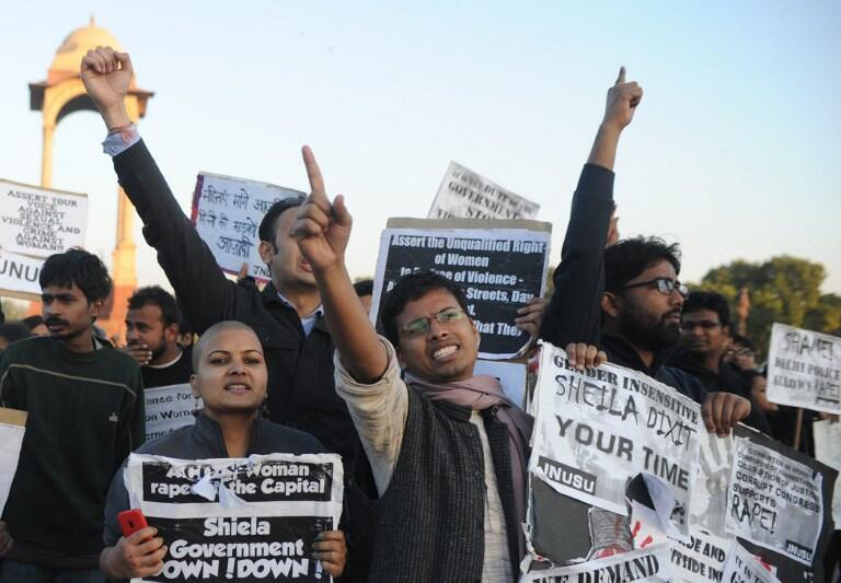 Manifestations de colère après des viols collectifs à New Delhi et demande de respect pour les femmes, le 19 décembre 2012.