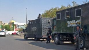 Le centre-ville du Caire a été bouclé par la police vendredi 27 septembre, en prévention des manifestations anti-Sissi.