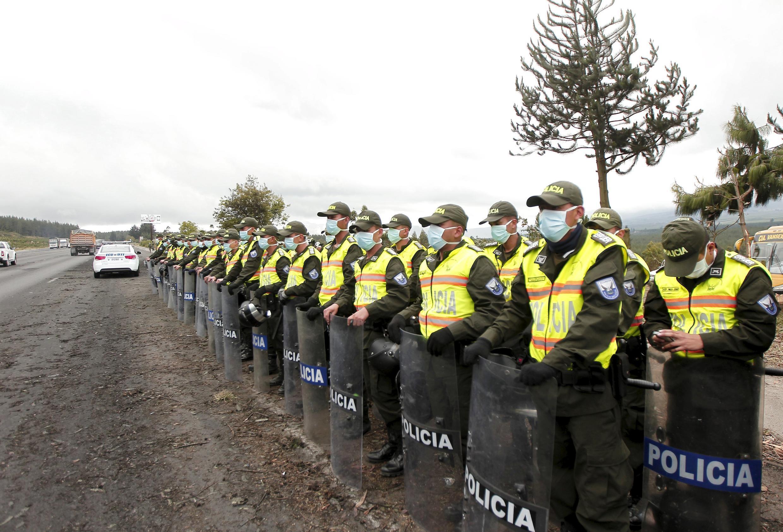 Governo do Equador mobilizou polícia e militares diante da retomada de atividade do vulcão Cotopaxi.