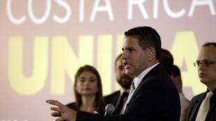 Fabricio Alvarado, candidato del PRN, presentando su programa político en San Jose, el 28 de marzo, 2018.