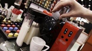 Nespresso s'engage, à partir de 2020, à n'utiliser que de l'aluminium 100 % responsable dans ses capsules.