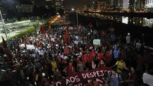 Manifestación del movimiento 'Trabajadores sin vivienda' contra el Mundial en Sao Paulo, el 22 de mayo de 2014.