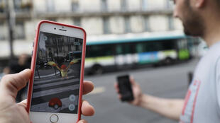 La locura del Pokémon Go llegó a París.