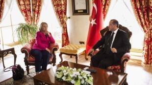 Shugaban Turkiya Recep Tayyip Erdogan da Hillary Clinton ta Amurka