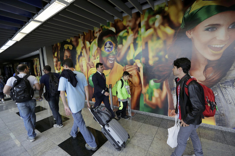 40% dos torcedores que irão à Copa pegarão um voo internacional.