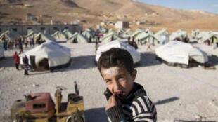 Nos campos de refugiados do Líbano, 6% das crianças sírias com menos de 5 anos estão com desnutrição aguda severa.