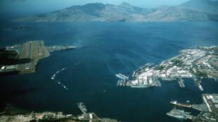 Ảnh tư liệu: Vịnh Subic và căn cứ hải quân Mỹ. Ảnh chụp năm 1990.