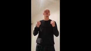 Бывший профессиональный боксер записал видео с объяснениями после избиения жандармов