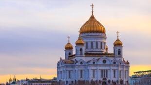 La Catedral de Cristo Salvador de Moscú fue destruida en 1931 con explosivos, para dar lugar a la construcción del Palacio de los Sóviets, y fue reconstruida en la década de 1990.