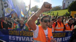 Déjà en 2012, les dockers portugais avaient protesté contre leurs conditions de travail.