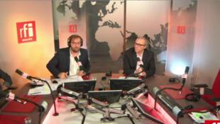 Le plateau de l'édition spéciale élections municipales 2014 de RFI animée par Arnaud Pontus (face G) et Frédéric Rivière (face D), 31/03/2014.