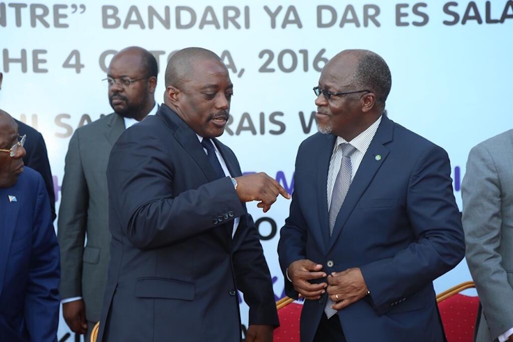 Rais wa DRC, Joseph Kabila akiwa na Rais wa Tanzania, John Pombe Magufuli