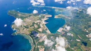 驻扎在关岛的美国军事基地鸟瞰图