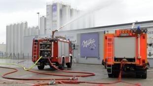Nuvem tóxica na cidade de Bad Fallingbostel, no estado da Baixa Saxônia, produzida por um erro de manipulação química em uma fábrica da Kraft Foods.