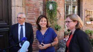 Le maire sortant de Perpignan Jean-Marc Pujol (LR), aux côtés de la présidente de région Occitanie Carole Delga (PS) et la présidente du conseil départemental des Pyrénées-Orientales Hermeline Malherbe (PS).