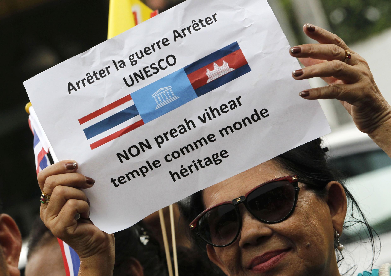 Tranh chấp về ngôi đền Preah Vihear giữa Cam Bốt và Thái Lan lại bùng lên (Reuters)
