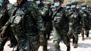 Taiwan - Tainan - soldats - coronavirus