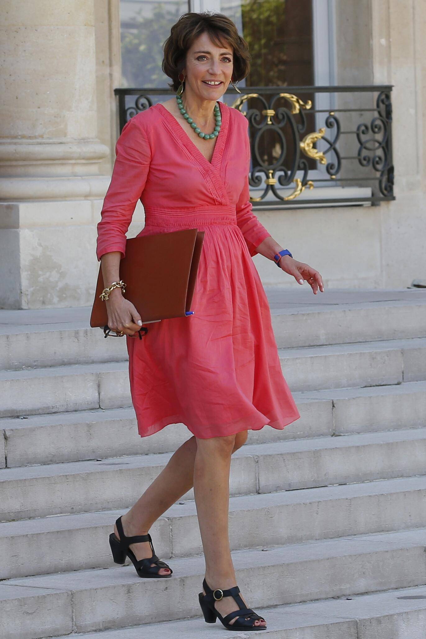 French Health Minister Marisol Touraine leaves the Elysee Palace following the weekly cabinet meeting in Paris, France, July 31, 2015.