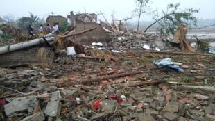 Imagem da passagem do tornado no distrito de Funing, o mais violento dos últimos 50 anos.