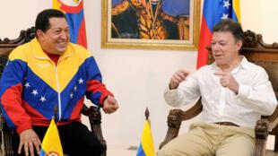 Shugaba Hugo Chavez, da Juan Manul Santos