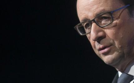 O presidente François Hollande defendeu neste sábado, 17 de janeiro de 2015, os valores democráticos da França.