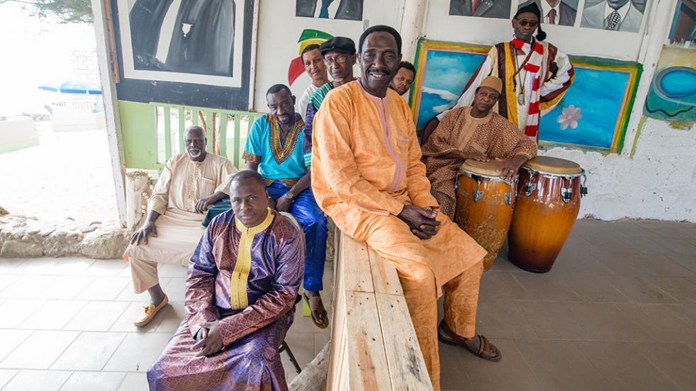 Le groupe sénégalais Orchestra Baobab.