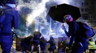 图为香港民众2019年11月11日举行三罢反送中抗议活动