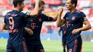 Robert Lewandowski, Thomas Müller et Leon Goretzka ont brillé lors de la victoire du Bayern Munich face au Bayer Leverkusen (4-2), samedi 6 juin 2020.