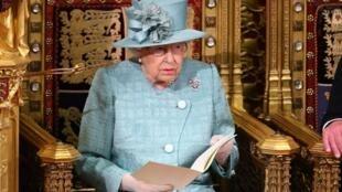 Nữ hoàng Anh Elizabeth II đọc diễn văn khai mạc Nghị Viện mới tại Luân Đôn. Ảnh ngày 19/12/2019.