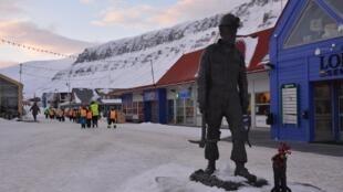 Longyearbyen era antiguamente una ciudad minera. Fue fundada por el empresario estadounidense Longyear en 1906.