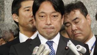 日本防卫大臣2月5日表示中国海军舰艇以火控雷达瞄准日方舰机。