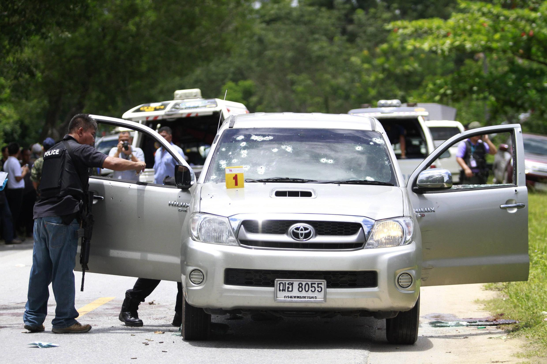 Quân hồi giáo phục kích cảnh sát trong lúc họ đang thi hành công vụ - REUTERS /Surapan Boonthanom