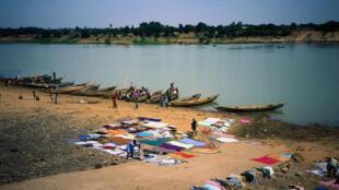 La région de Kayes est confrontée à la pollution de la rivière Falémé, l'un des principaux affluents du fleuve Sénégal. Ici, les bords du fleuve Sénégal, dans la région de Kayes, à l'ouest du Mali. (Image d'illustration)