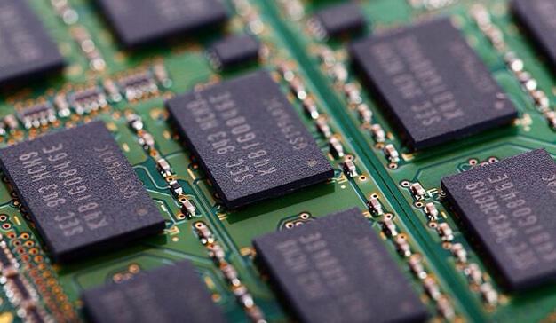 La obsolescencia programada existe en varios dominios, desde la electrónica hasta las medias de mujer, pasando por las bombillas.