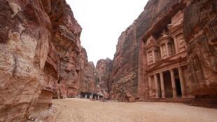 En Jordanie, les lieux touristiques sont déserts comme ici dans la cité antique de Pétra, au sud de la capitale jordanienne.