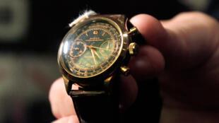 Une montre de valeur, qui appartenait à Bernard Madoff, vendue aux enchères.