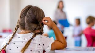 En France, 6 à 8% de la population serait concernée par les troubles « dys ».