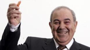 Iyad Allawi, vencedor das eleições legislativas, deu início às negociações para formar novo governo do Iraque.