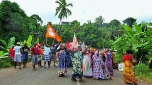 Pickets block access to the Mayotte village of Bandrele last week