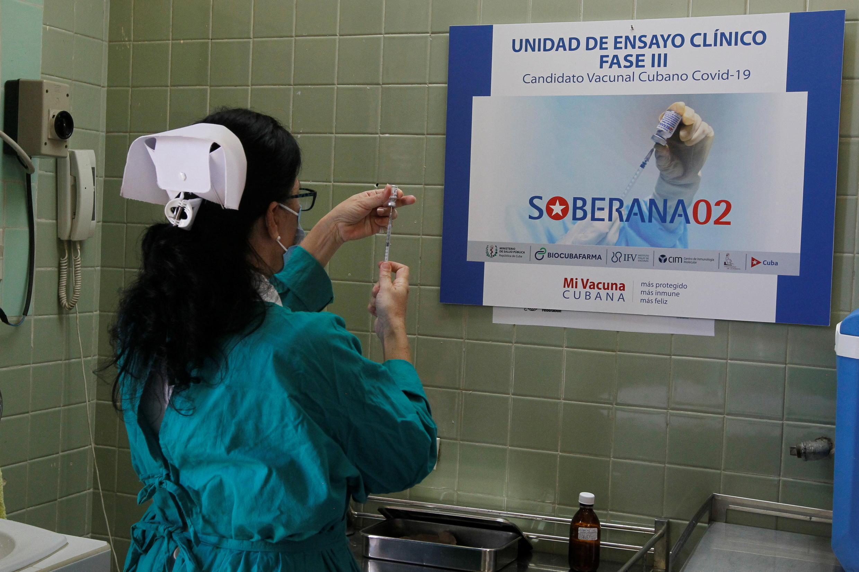 2021-03-31T204038Z_2119697246_RC2KMM9YBEYL_RTRMADP_3_HEALTH-CORONAVIRUS-CUBA
