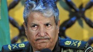 """El jefe militar de la rebelión libia, el  general Abdel Fatá Yunes, acusó el martes a la OTAN de """"dejar morir a los  habitantes de Misrata""""."""