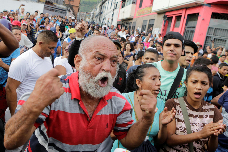 Biểu tình phản đối khan hiếm thực phẩm tại thủ đô Venezuela, ngày 14/06/2016