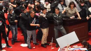 11月27日台灣立法院相關事件資料圖片
